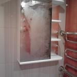 Крепление зеркала в ванной. Благовещенск